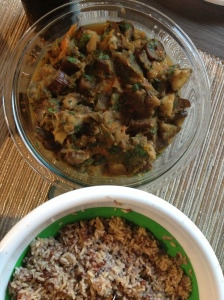 Eggplant and veggies curry with red rice blend